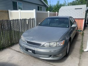 2000 lexus es300 for Sale in Bountiful, UT