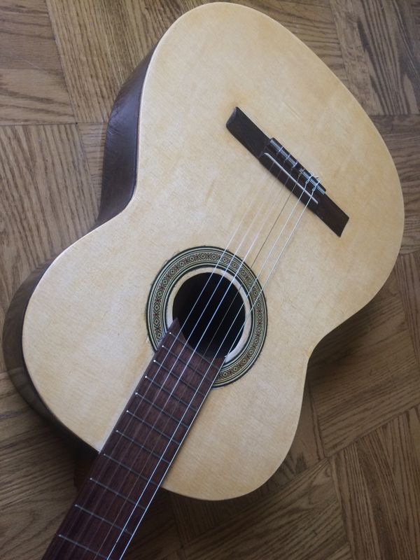Classical Guitar Fixed Spruce Top