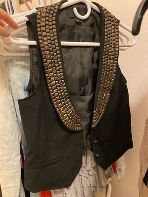 Forever 21 woman's medium gold stud embellished vintage looking new vest for Sale in Upland, CA