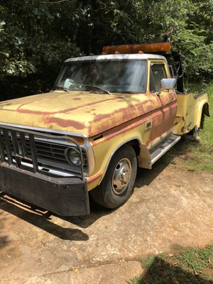 F350 Tow Truck for Sale in Griffin, GA