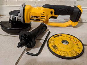 New DeWalt 4 1/2 in. Grinder DCG412 for Sale in CORNWALL Borough, PA