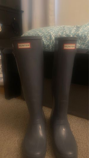 Hunter size 8 rain boots for Sale in Whitehall, OH