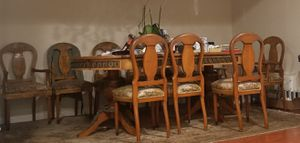 Antique dining table for Sale in Los Angeles, CA