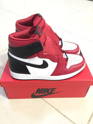 Jordan 1 retro high // satin snake Chicago // WMNS9.5 for Sale in Redlands, CA