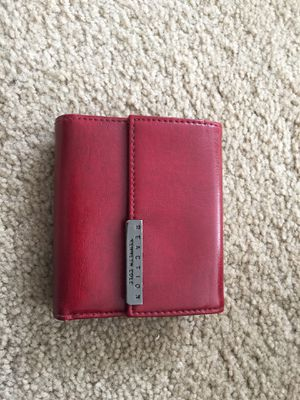 Kenneth Cole reaction women's wallet for Sale in Chicago, IL