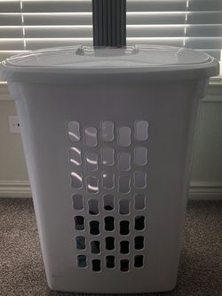 Ultra Wheeled Hamper for Sale in Plano,  TX