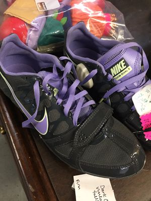 Sz 8 1/2 grey Nike track shoes for Sale in Conway, AR