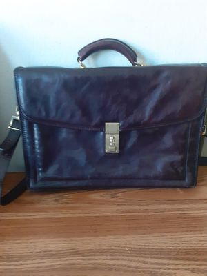 LEATHER BAG for Sale in Dallas, TX