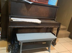 Vintage Piano for Sale in Puyallup, WA