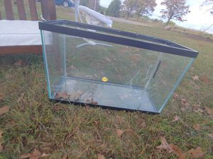 Fish tank for Sale in Reva, VA
