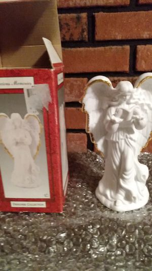 Precious moments holiday angel for Sale in Glen Burnie, MD