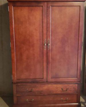 Media/ Wardrobe Cabinet for Sale in Inglewood, CA