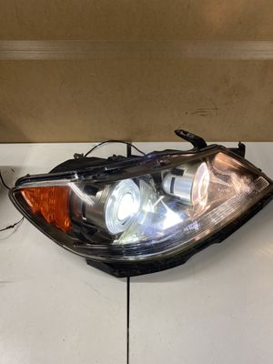 2005-2008 ACURA RL PASSENGER RIGHT HID XENON HEADLIGHT HEAD LAMP for Sale in Glendale, CA