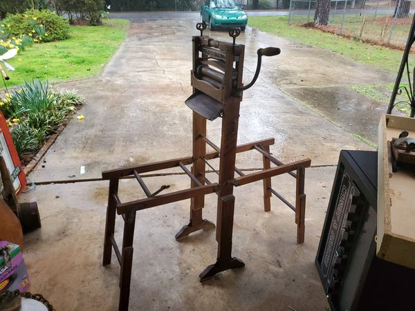 Anchor brand wringer from the late 1800s for washing & drying clothes