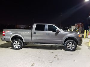 2006 Ford F160 Supercrew FX4 for Sale in St. Louis, MO