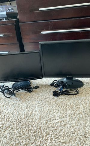 2 working displays and cords flexible price for Sale in P C BEACH, FL