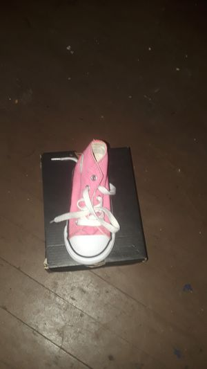 Pink converse for Sale in East Saint Louis, IL