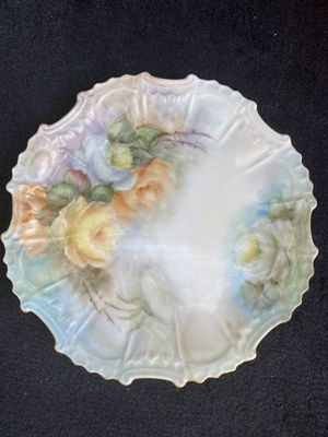 Antique FLORAL Plate for Sale in Amarillo, TX
