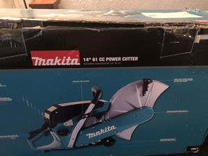 """Gas saw 14"""" 61 cc power cutter and Klein bag tools for Sale in Deerfield Beach, FL"""