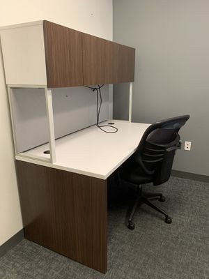 8 Office desks (like new) - Brand: Douron for Sale in Chevy Chase, MD