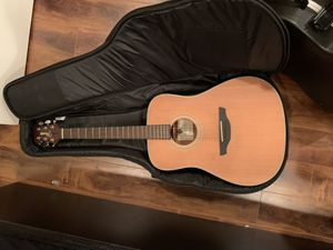 Takamine g series acoustic guitar for Sale in Los Angeles, CA
