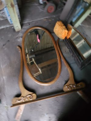Oak Antique vanity with mirror for Sale in Kansas City, MO