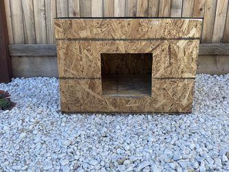 Dog House for Sale in Visalia,  CA