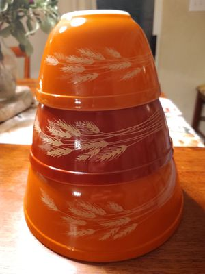 Vintage Pyrex Harvest Wheat nesting bowl set - 3 piece for Sale in San Antonio, TX
