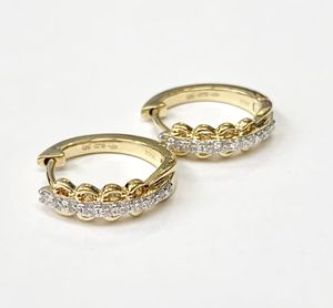 Diamond earrings new 14kt yellow gold 3.00 gram for Sale in Los Angeles, CA