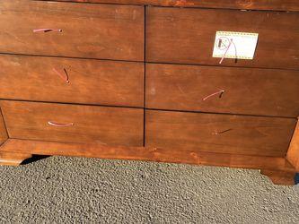 Dresser for Sale in Compton,  CA