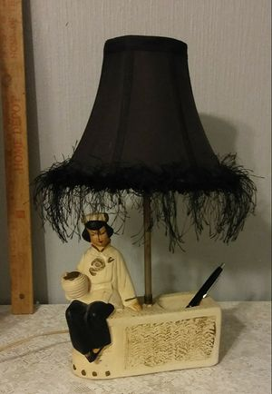 vintage 1950 chalkware Asian motif lamp for Sale in Evansville, IN