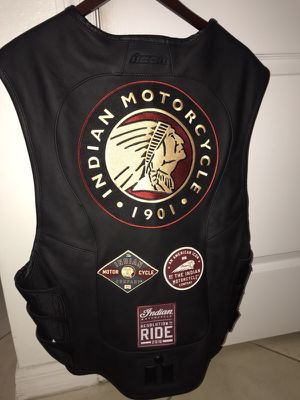 Leather vest for Sale in Kissimmee, FL