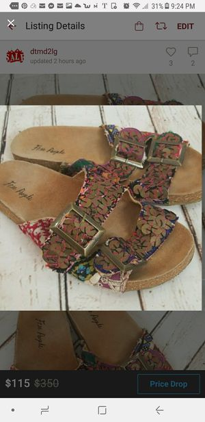 Barely worn Free People slip on Birkenstock style sandals size 8 for Sale in Victorville, CA