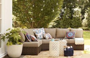 Brand New Altadena 5-Piece Brown Wicker Patio Furniture for Sale in Katy, TX
