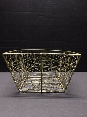 "Gold Metal Wire Basket ( 7"" x 7"" x 4.25 tall) for Sale in Salem, OR"