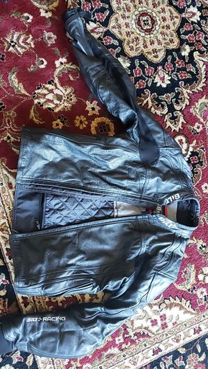Bilt leather motorcycle rider jacket for Sale in Canton, MI