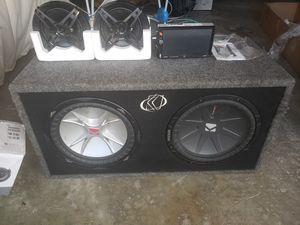 """12"""" kickers 2ohm box, 1800watt boss amp, 6½ sony 4 way speakers, double din for Sale in Normal, IL"""