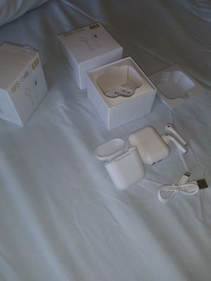 Bluetooth earpods wireless for iPhone and Android for Sale in New York, NY