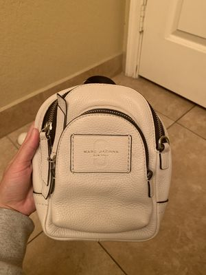 Marc Jacobs mini backpack / crossbody bag for Sale in Glendale, AZ