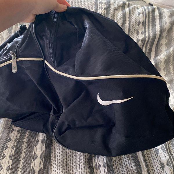 Vintage Nike Duffle Bag