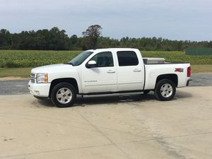 Chevy Silverado for Sale in Mount Olive, NC