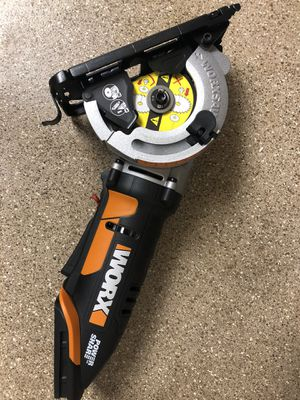 Worx circular saw 20V cordless for Sale in Austin, TX