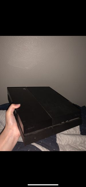 Used PS4 (With Headset and Games) for Sale in Temecula, CA