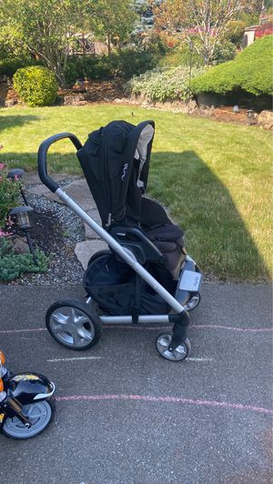 Nuna Stroller for Sale in Lake Forest Park, WA