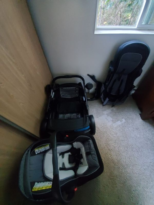 GRACCO STROOLER AND CAR SEAT
