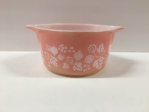 Vintage Pyrex Pink Gooseberry 1 Qt. No Lid for Sale in Hurst, TX