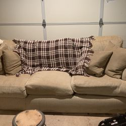 Couch And Loveseat Set for Sale in Santa Clarita,  CA