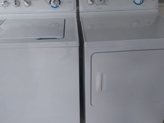 GE Washer And Dryer for Sale in Fort Lauderdale,  FL