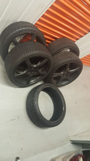 20 Inch 5 Star Black Rims(5 Lug) And New Low Profile Tires(Extra New Tire Included) for Sale in Norcross, GA