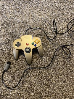 Gold N64 Controller for Sale in Lockport,  IL